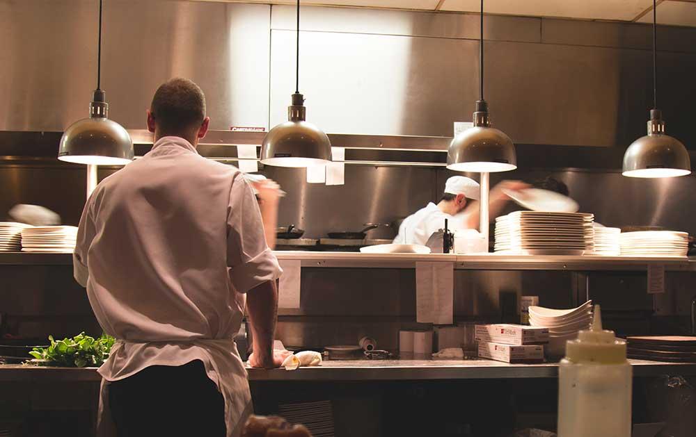 ¿Estamos fritos?: Son muy frecuentes los incendios en las cocinas